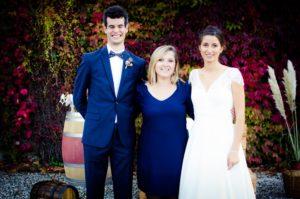 Mariage engagement union autour du vin et ambiance familiale au château